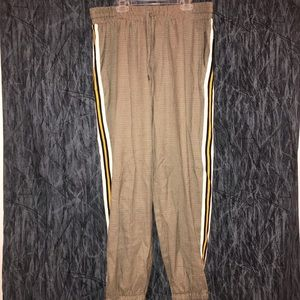 NWT Wild fable patterned pants